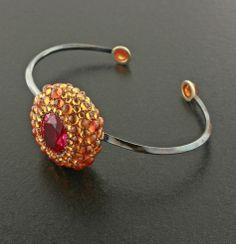 Oval Spinel, Mandarin Garnet, 18K Yellow Gold and Steel Bracelet #Taffin #JamesdeGivenchy #Bracelet