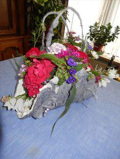handtasje gemaakt tijdens les bloemschikken en nu opnieuw gevuld met bloemen uit de tuin