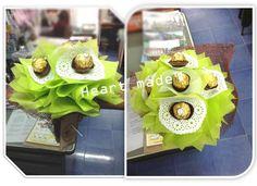 Ferrero Bouquet, First Love, Table Decorations, Facebook, Collection, Home Decor, Decoration Home, First Crush, Room Decor