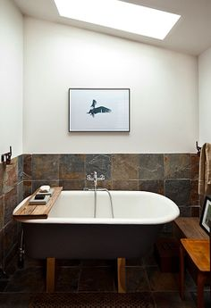 For the guest's bathroom: the backsplash with a clawfoot tub