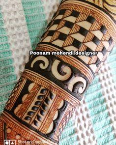 No photo description available. Latest Arabic Mehndi Designs, Basic Mehndi Designs, Henna Art Designs, Stylish Mehndi Designs, New Bridal Mehndi Designs, Dulhan Mehndi Designs, Beautiful Mehndi Design, Latest Mehndi Designs, Mehendi