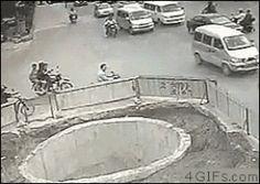 Asian driver - http://randomenthusiasm.com/gif/19e289174161e5e05b8c9441ae363652