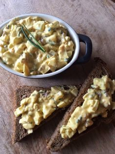 Homemade eiersalade. De ui en knoflook maken het lekker pittig en daardoor zeer geschikt voor de lunch
