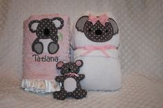 Baby Shower hooded towel free pattern - Gracious Threads