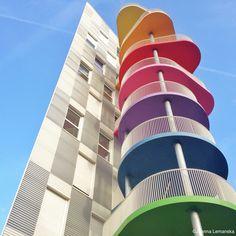 Paris, 17e (architects: R. Hondelatte et M. Laporte)