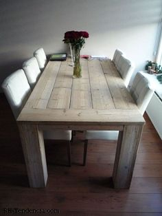 Pallet Dining Table, Diy Outdoor Table, Dining Table Design, Rustic Table, Farmhouse Table, Dining Room Table, Interior Design Living Room, Living Room Decor, Diy Home Furniture
