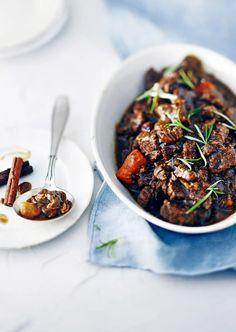 Jouluinen karjalanpaisti hirvestä   Liha, Juhli ja nauti   Soppa365 Finnish Recipes, Beef, Food, Scandinavian, Meat, Essen, Meals, Yemek, Eten