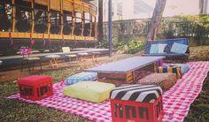 Sobre ontem: nosso #minipiquenique no evento da #caravanadocoração #eventoscorporativos #praça #BH #arlivre #sustentabilidade #criatividade #diversão by vempropiqueniquebh http://ift.tt/1XrOawI