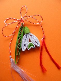 Neli Quilling, Paper Quilling Jewelry, Paper Quilling Designs, Quilling Flowers, Paper Flowers, Design Crafts, Decor Crafts, Diy And Crafts, Paper Crafts