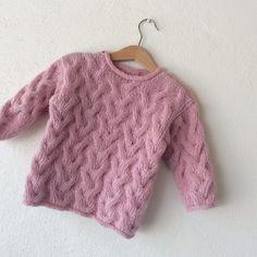 Ravelry: GUF pattern by Lone Kjeldsen Kids Knitting Patterns, Baby Sweater Knitting Pattern, Crochet Baby Cardigan, Knitting For Kids, Baby Patterns, Knitting Socks, Pull Bebe, Toddler Sweater, Baby Pullover
