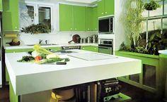 green kitchen (12) FRESH NUANCES IN APPLE GREEN KITCHENS