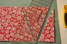 Tutorial on how to make a fabric pennant banner.  Love!!!