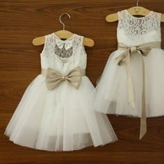 2015 Vintage Lace Flower Girls' Dresses Princess A-Line High Neck Floor Length Backless Junior Bridesmaid Dress Kid Formal Dress Ivory Lace Flower Girl Dress Wedding Baby Girls Dress Tulle Rustic Baby Birthday Dress with bow