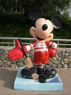 """""""Slapstick Mouse"""" by Jerry Bruckheimer.  Celebrate Mickey:  75 years of Mickey InspEARations.  At Disney California Adventure 2005."""