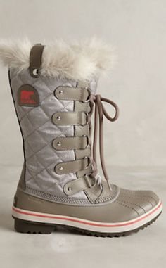 so ready for winter! love these Sorel boots! http://rstyle.me/n/qwm89r9te
