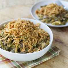 Slow Cooker Green Bean Casserole! Perfect for you AND the kids!  Via Jessica