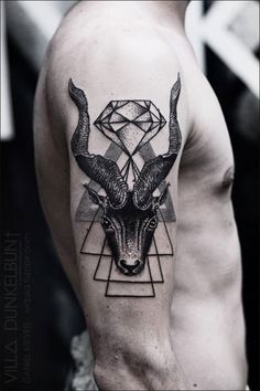 Geometric tattoo, can't keep my eyes off you! 35 of the most intricate and…