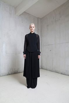 Off-White Paris 2015 S/S #Design #contemporary #Couture #Fashion #black , #white , #minimal, #simple , #aesthetic , #composition #mode #simple, #Fashiondesign