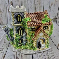 Teapot Decorative Collectable Tea Pots Leonardo Bride & Groom Church wedding vgc Church Wedding, Teapot, Bride Groom, Gingerbread, Pots, Spaces, Mansions, Ornaments, Amp