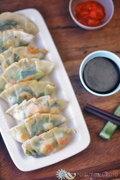 shrimp and chive dumplings
