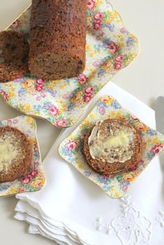Nan made these all the time in a coffee can Life: Date and Walnut Loaf - Love me some old fashioned baking