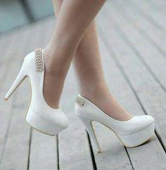 Chaussures mariage  Wedding shoos Blancs bijoux