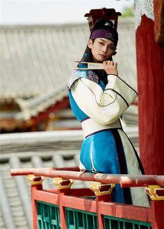 'Hwarang: The Beginning' reveals still cuts featuring BTS' V and Cho Yoon Woo | allkpop.com