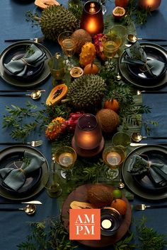 Perfect Outdoor Lighting Ideas For Garden Noël gourmet & décoration de table Fall Table Centerpieces, Decoration Table, Christmas Table Settings, Christmas Decorations, Deco Table Noel, Table Setting Inspiration, Diy Bathroom, Autumn Table, Christmas Mood