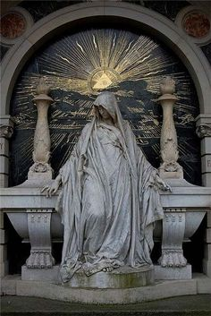Rosicrucian symbolism showing the star shining over the woman who was foretold to unite Europe in a new age of enlightenment.