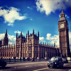 15 Essential English Idioms for Sounding Like a Native English Idioms, English English, English Language Learning, Sounds Like, Esl, Big Ben, Improve Yourself, Words, Simple