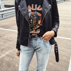 Vintage T-shirt, leather jacket, jeans, high waisted jeans, mom jeans, going out