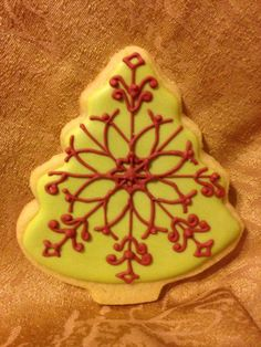 Christmas Tree with Snowflake Pattern, Again! | Cookie Connection
