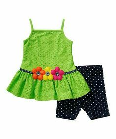 Another great find on Green Flower Tunic & Navy Leggings - Infant & Girls Sewing Kids Clothes, Baby Sewing, Doll Clothes, Little Girl Outfits, Kids Outfits, Baby Girl Christmas Dresses, Girls Pants, Toddler Girl Dresses, Kind Mode
