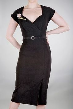 Favourite Vintage Finds: Stop Staring! Dress Review and Giveaway!