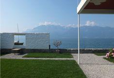 Villa «Le Lac» Le Corbusier - fenêtre sur le lac COLUMN INSPO