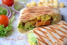 Tacos au poulet et sauce au garam massala Taco Wraps, Snack Recipes, Snacks, Wrap Sandwiches, Recipe Images, Tex Mex, Fajitas, Burritos, Enchiladas