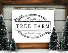 Download this super cute and FREE Christmas Tree Farm Printable to add to your holiday decor! Quick, easy, and did I mention FREE?!