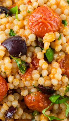 Mediterranean Pearl Couscous Salad Recipe - use pesto sauce, add feta and sundried tomatoes Pearl Couscous Recipes, Pearl Couscous Salad, Couscous Salad Recipes, Salad Recipes Healthy Lunch, Chopped Salad Recipes, Spinach Salad Recipes, Chicken Salad Recipes, Vegetarian Recipes, Cooking Recipes