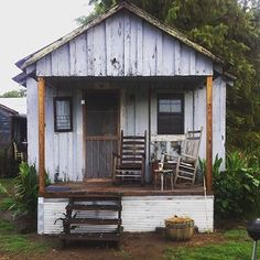 Perfect for front porch sittin' in the Delta // Shack Up Inn in Clarksdale, Mississippi