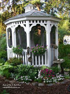 The Garden Shed (inside :: Hometalk