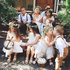 Just how adorable is this?! Little cuties with their flower baskets getting ready for flower-girl duties accompanied by the handsome ring-bearers. Who loves this as much as we do? Show us some love!  Dress by @teaprincessaust via @thewedlist