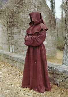 Deluxe Monk's Robe: Renaissance Clothing and Medieval Costumes by Elizabethan Outfitters Mais Mens Renaissance Clothing, Renaissance Fair, Medieval Clothing, Renaissance Dresses, Medieval Costume, Medieval Dress, Medieval Fantasy, Medieval Gothic, Monk Costume