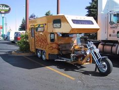 another cross-over his and hers camper motorcycle. ♥ Motorcycle Camping, Camping Car, Camping Trailers, Camper Caravan, Campers, Camping Equipment, Caravans, Recreational Vehicles, Gears