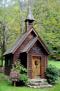 Get married here? Dont mind if i do. St. Jude's Chapel of Hope, NC.  Follow this back to a whole site of tiny churches at http://tinyhouseblog.com/tiny-house-concept/tiny-churches/.  Too cute!!