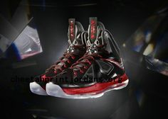 Nike LeBron X?is tailored to fit King James? The aesthetics of the sneaker are inspired by the look of a diamo New Nike Shoes, Nike Free Shoes, Sneakers Nike, Adidas Shoes, Nike Lebron, James Shoes, Nike Workout, Nike Flyknit, Nike Hoodie