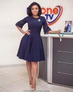 Serwaa Amihere Style: 15 Work Outfit Ideas From The Beautiful GHOne TV Presenter. Serwaa Amihere Style: 15 Work Outfit Ideas From The Beautiful GHOne TV Presenter - Serwaa Amihere work outfit, Office Flay Gown Source by thrivenaija . Office Wear Corporate, Corporate Attire, Corporate Dresses, Casual Office, Office Uniform, Office Set, Office Style, Business Casual, Mode Outfits