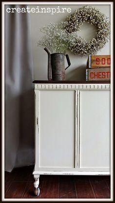 {createinspire}: Vintage Storage Chest in Linen