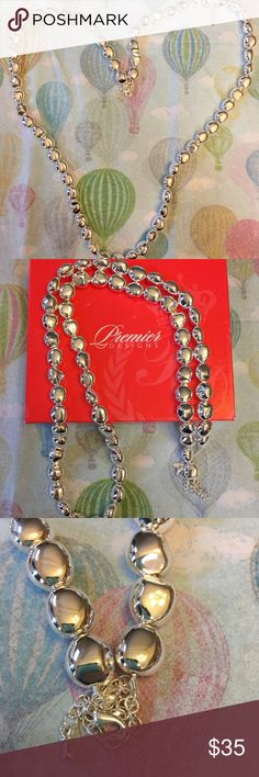 "Silver plates Premier Jewelry necklace This gorgeous necklace is adjustable from 18-20"". It is sterling silver plated. It would go beautifully with gold or rose gold. This necklace will make anything you're wearing pop. Premier Designs Jewelry Necklaces"