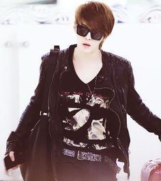 """tvxq,dbsk,thsk,jaejoong,jyj - he is like...""""whatcha looking at boy?"""" Kkk. So cute ^^"""