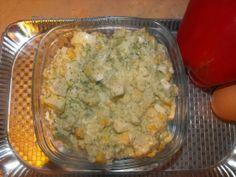 Sałatka brokułowa z fetą i ananasem